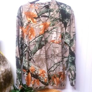 Outfitters Ridge Long Sleeve Camo Shirt Size Large